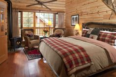 Cathedral Mountain Lodge - Rustic Log Bedrooms