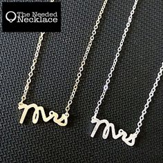 Simple MRS Letter Pendant Necklace