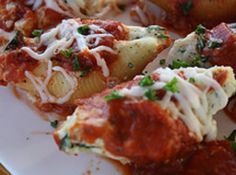 Yum... I'd Pinch That! |  Three Cheese Stuffed Shells (Meatless) #recipe #justapinch