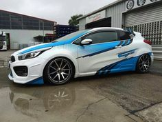 Check out this awesome dotted gradient design Tuning Motor, Car Tuning, Mazda 3, Rally Car, Car Car, Car Stickers, Car Decals, Vinyl Wrap Car, Vehicle Signage