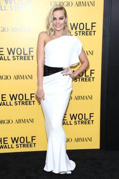 Margot Robbie in Armani Prive