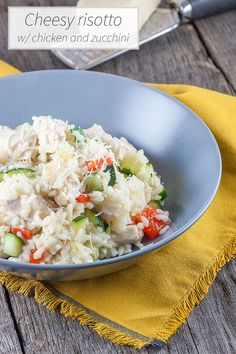 This risotto with chicken and zucchini is cheesy flavorful goodness! Great as a weekday meal. Ready in half an hour. Recipe for 4.