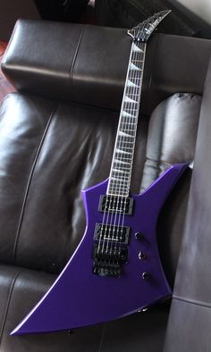 Jackson USA Custom Shop Kelly KE2 Pavo Purple