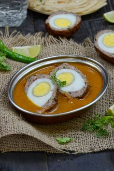 Nargisi Kofte / Indian Style Scotch Eggs in a Spicy Gravy - Whisk Affair