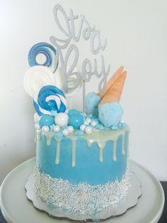 Topper cake #sweetemmacakes