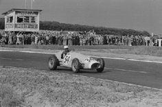 #34 Robert Manzon (F) - Ferrari 625 (Ferrari 4) 3 (12) Ecurie Rosier