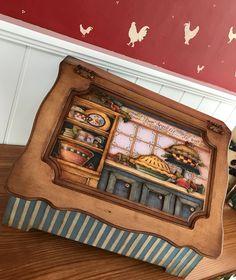 Günaydııın;duydum ki ahşap boyama çalışmalarında yaptıklarımız bize küsmüş :) onları hiiiç paylaşmıyormuşuz... İşin aslı fotoğrafı çekecek… Decoupage, Wooden Painting, Vintage Wood, Painted Furniture, Stencils, Crafts, Home Decor, Wood Paintings, Wooden Art