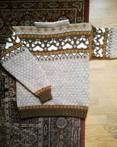 "One last picture of the sweater before I ship it of to its new home in Denmark 😄 I wanted to give the sweater a really Norwegian name so I decided to call it ""fjordfolk"" 🇳🇴 _  #fjordfolk #fjorfolkgenser #norwegianknitting #norwegiansweater #knitters #knitting #knittinginspiration #knittersofinstagram #knittersoftheworld #strikk #strikke #strikking #strandedknitting #norskstrikk #strandedknit #raumagarn #norskull #norwegianwool #ullergull #stricken #instaknit #knitagram Norwegian Knitting, Denmark, Folk, Ship, Sweater, Instagram, Breien, Sweater Cardigan, Jumper"
