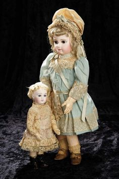 Soirée: A Marquis Cataloged Auction of Antique Dolls and Automata - May 14, 2016: Lot 33. Petite French Bisque Premiere Bebe by Emile Jumeau