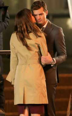 Dakota Johnson Kisses Jamie Dornan for the First Time on Fifty Shades of Grey Set! Can you see the chemistry! | E! Online Mobile