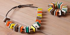 Snoepketting - Inspiratie - Naober Magazine Diy Clay, Clock, Candy, Fabric, Kids, Crafts, Jewelry, Leather, Games
