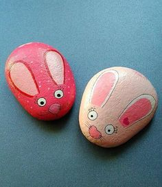 Cute Rock Rabbits Easter Bunnies Hand Painted Pebbles & Jute Bag Gift Favor   £2.49