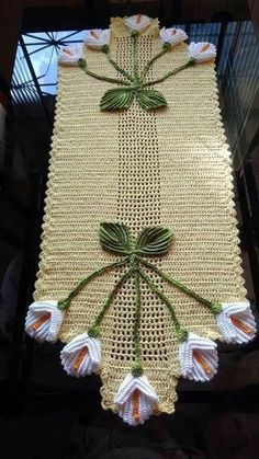 Table centerpiece crochet doily french decor - housewarming crochet rose gift for wife - rose table decoration crochet anniversary runner Diy Crafts Crochet, Crochet Home, Crochet Gifts, Irish Crochet, Crochet Projects, Crochet Flower Patterns, Doily Patterns, Crochet Flowers, Knitting Patterns