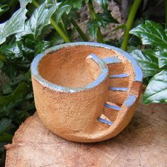 barro,ceramica,jardin,macetas,tiestos Pottery Pots, Ceramic Pottery, Cement Crafts, Clay Crafts, Ceramic Planters, Ceramic Clay, Beginner Pottery, Clay Art Projects, Hand Built Pottery