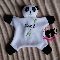 Doudou panda carré 23cm : Jeux, peluches, doudous par mpeluches