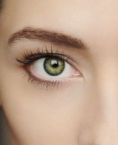Have dry eye syndrome? DHA and EPA supplements naturally help lubricate eyes and reduce eye pain.