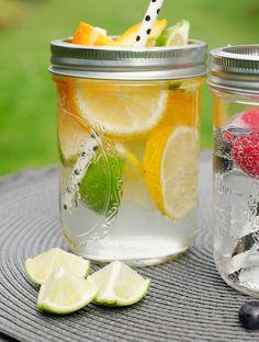 Wasser mit Orangen, Zitrone und Limette - Gesund trinken in der Schwangerschaft - Gaumenfreundin.de - Foodblog