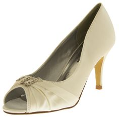 0294c098e63f3 7 Best Womens Heels images in 2016 | Gorgeous heels, Court shoes, Pumps