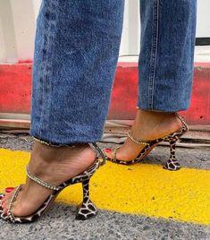Low Heels, Shoes Heels, Fashion News, Girl Fashion, Leopard Shoes, Beautiful Heels, Kendall Jenner, Rihanna, Designer Shoes