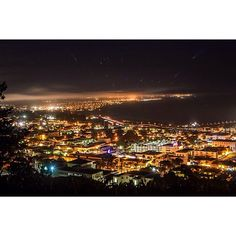What a sight☆  Image by www.instagram.com/aldoo  #downtownventura #night #skyline #ventura #california #californiacentralcoast