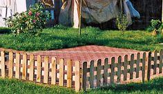 Praktischer Steckzaun im Maß 120 x 30 (+15) cm für den Garten zur Einfriedung von Beeten + Rasenflächen aus Kiefer/Fichte Holz, druckimprägniert: Amazon.de: Garten http://amzn.to/2qUfScP