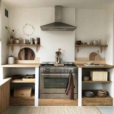 wohnen Wooden kitchen design ideas Beds, Beds And Beds! Rustic Kitchen, New Kitchen, Kitchen Dining, Kitchen Cabinets, Kitchen Ideas, Kitchen Inspiration, Kitchen Modern, Kitchen Layout, Awesome Kitchen