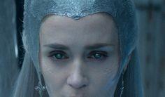 winters war queen | Emily Blunt Is a Raging Ice Queen in New 'Huntsman: Winter's War ...