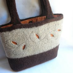 Felted bag - like the cut-out showing the lining and general construction