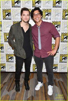 Richard Harmon and Bob Morley at the Comic-Con 2017
