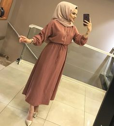 Modest Outfits Muslim, Modest Fashion Hijab, Hijab Chic, Fashion Dresses, Islamic Fashion, Muslim Fashion, Abaya Fashion, Hijab Dress Party, Hijab Outfit