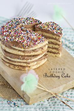 Layered Cookie Birthday Cake Recipe! A yummy alternative to cake for your next birthday party!