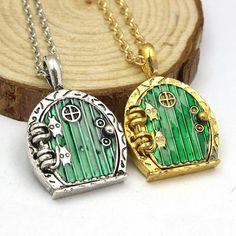 This Lord Of Rings Shire Door Necklace is inspired by the adorable Hobbit Hole doors. The door opens to reveal a hidden compartment in which you can put in a little note or prayer. This lovely necklac