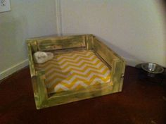 Pallet Dog Bed Out Of | Chevys dog bed I made out of pallets