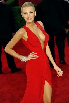 Blake lively red dress red carpet