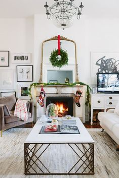 Alaina Kaczmarski of The Everygirl has a decor style that exudes understated elegance in her Chicago home. See inside her home for the holidays, as she spruces things up with pine accents, garlands, and twinkle lights.