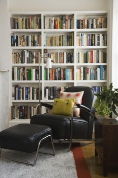 How shelves are arranged.