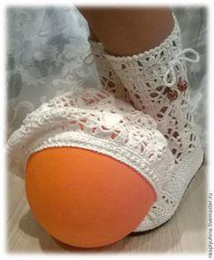Купить Сапожки и беретик детские - белый, хлопковые сапожки, детская обувь, вязаная обувь