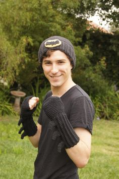 Free Crochet Pattern: Bathat and Batgloves - but never mind that, I want the pattern for the adorable bloke!