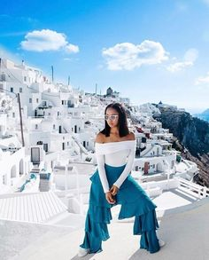 Now this is a #TravelLook @jasminefelicia! Comment  if you want more travel fashion inspo. - via Travel Noire on #Instagram : Amazing #Travel Destinations - International #Holiday Tips - Dream #Vacations - Exotic Tropical Tourist Spots - Adventure Travel Ideas - Luxury #Hotels and Beautiful Resorts Pictures by Traveling247