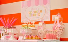 The #IceCream Shoppe is a perfect #birthday #party theme, especially with so many lovely details.