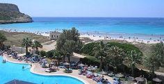 Hoteles para niños de las Islas Baleares:  Sol Milanos-Pinguinos, Son Bou. Viajacontuhijo, especialistas en viajes monoparentales