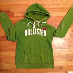 Hollister sweatshirt Used condition Hollister Sweaters