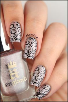 Her Rose Adagio & Stamping délicat ~ Didoline's Nails
