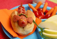 """Bubble Guppies Hot """"Dog""""  Kids will do a double-take when they see this adorable lunch on their plate."""
