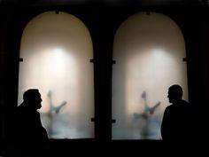 VIVIR DE LA LUZ : Tornero padre y Tornero chico en la Academia de España en Roma. Una foto muy especial para mi.   lolatornero