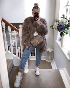 club Wood Working Mode Site - My Life ceaft Pinliy Edgy Summer Fashion, Winter Fashion Outfits, Fall Winter Outfits, Look Fashion, Autumn Winter Fashion, Rainy Day Fashion, Warm Outfits, Mode Outfits, Cute Casual Outfits
