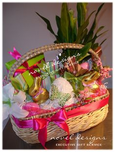 Novel Designs Executive Gift Service Las Vegas' premier gift basket source offering the best selection of unique, custom designed Holiday & Seasonal gift baskets for everyday occasions & corporate events.  www.noveldesignsllc.com
