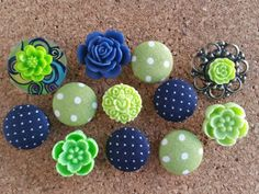 Check out this item in my Etsy shop https://www.etsy.com/listing/467826271/thumbtack-set-12-pc-push-pin-set