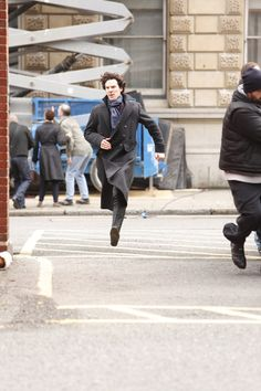 Benedict Cumberbatch Photo - Benedict Cumberbatch Shoots 'Sherlock' in London 3