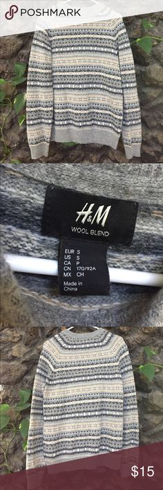 Men's small sweater Men's small H&M sweater. Wool blend. Lightly worn. H&M Sweaters Crewneck